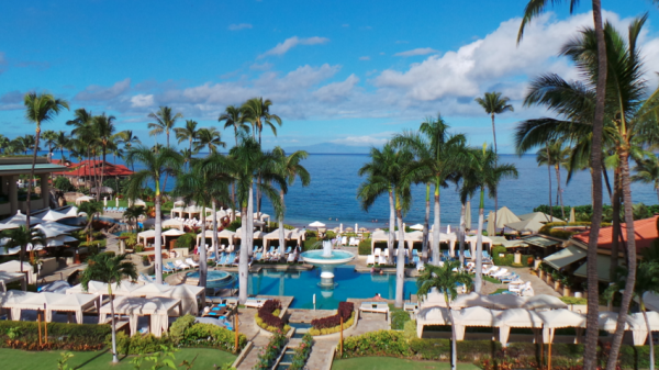 Where To Stay & Eat In Maui: The Four Seasons & Monkeypod ...